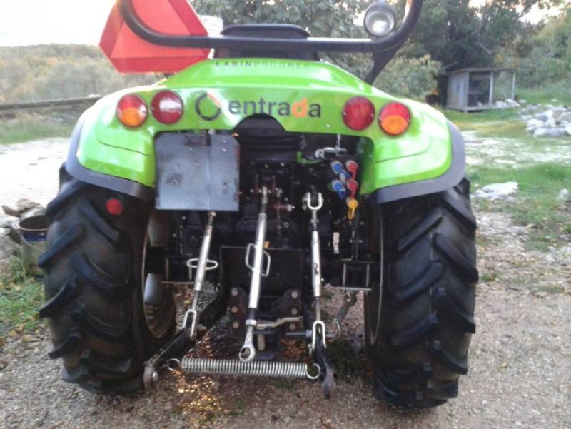 Traktori Tuber 40 & 50  opća tema                                       Prodaj11