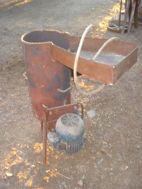 Stroj za ribanje  voća Repara10