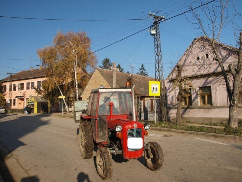 Traktor IMT 533  & 539 opća tema tema traktora Screen24