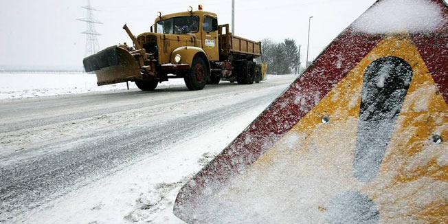 Komunalna oprema za traktore - Page 11 Snijeg10