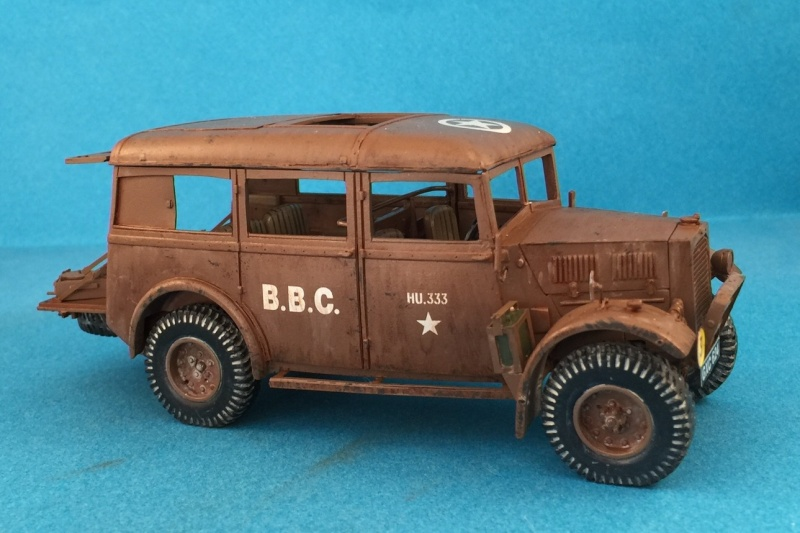 "La BBC en action - ""Humber staff car"" Accurate Armour + figurines Bronco et scratch - 1/35 Image11"