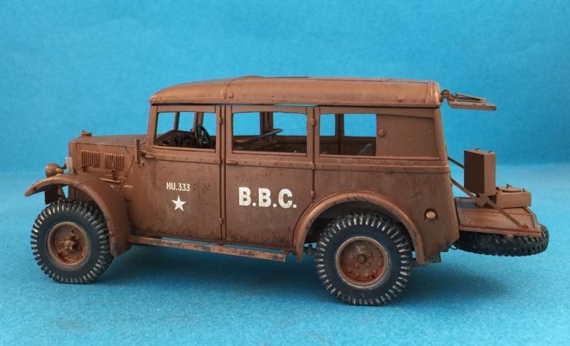 "La BBC en action - ""Humber staff car"" Accurate Armour + figurines Bronco et scratch - 1/35 Image12"