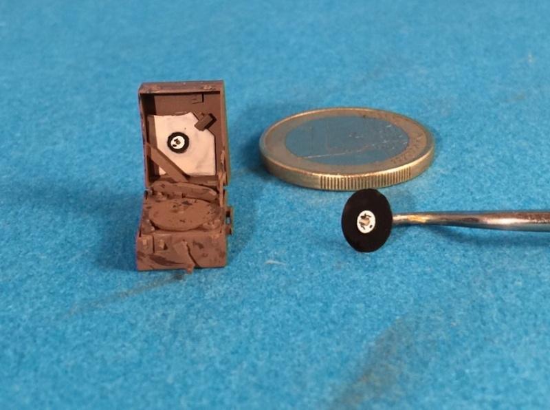"La BBC en action - ""Humber staff car"" Accurate Armour + figurines Bronco et scratch - 1/35 Image15"