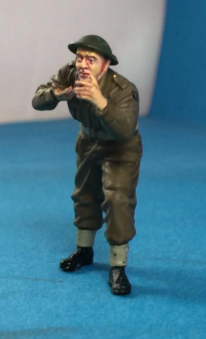 "La BBC en action - ""Humber staff car"" Accurate Armour + figurines Bronco et scratch - 1/35 - Page 2 Image32"