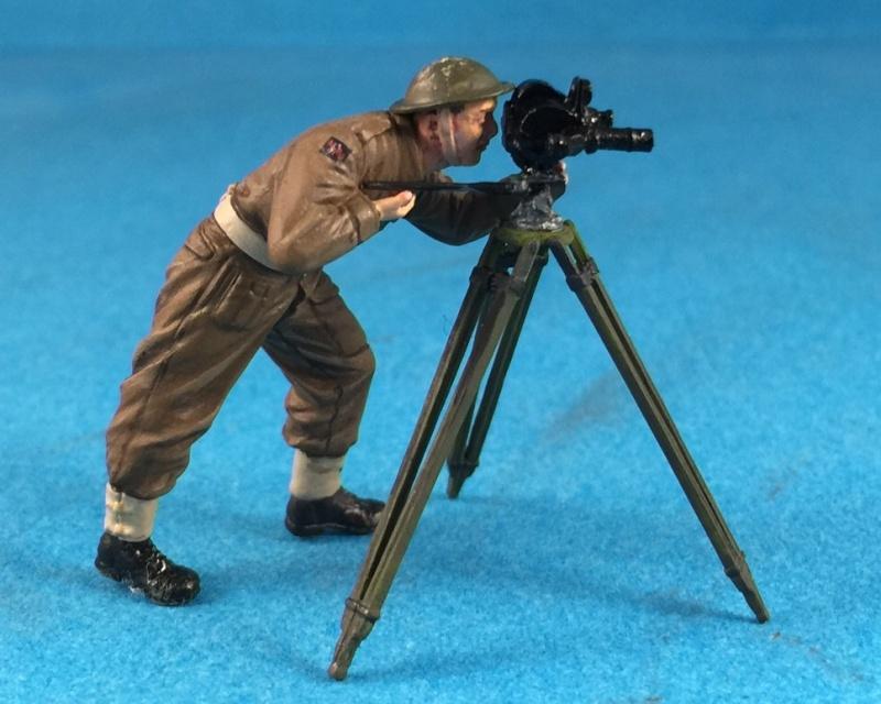 "La BBC en action - ""Humber staff car"" Accurate Armour + figurines Bronco et scratch - 1/35 - Page 2 Image34"