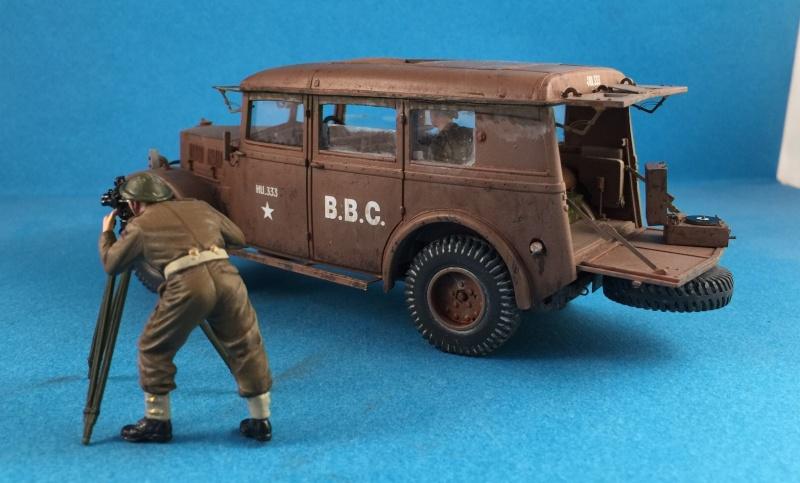 "La BBC en action - ""Humber staff car"" Accurate Armour + figurines Bronco et scratch - 1/35 - Page 2 Image35"