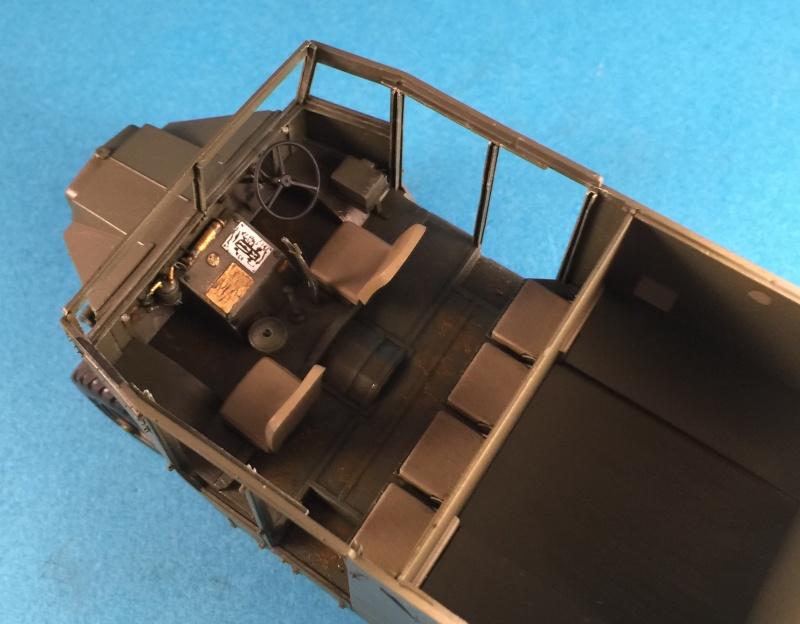 Mirror Models Morris Commercial C8 Quad MkIII No5 body 1/35. Devoirs de vacances Img_2612