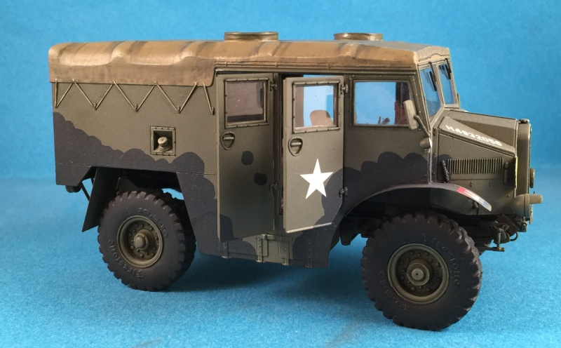 Mirror Models Morris Commercial C8 Quad MkIII No5 body 1/35. Devoirs de vacances Img_2617