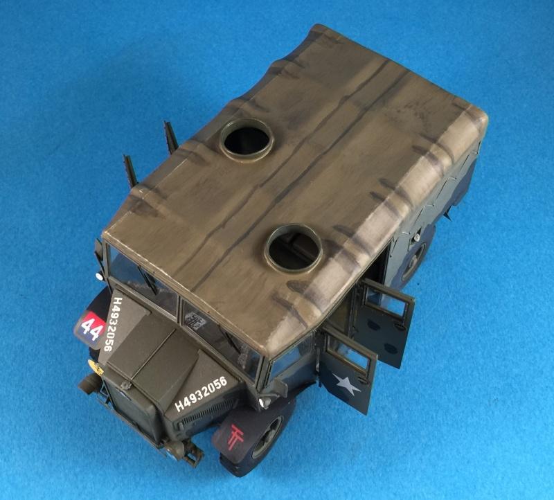 Mirror Models Morris Commercial C8 Quad MkIII No5 body 1/35. Devoirs de vacances Img_2619
