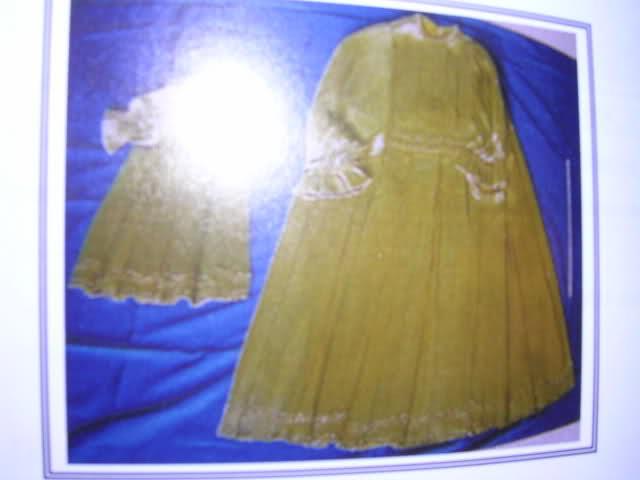 les robes à panier de Marie-Antoinette 2yun5e10