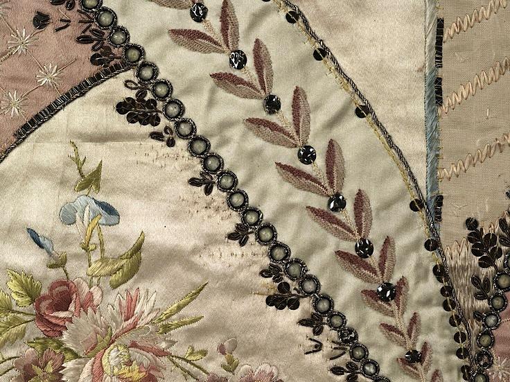 les robes à panier de Marie-Antoinette 42963110