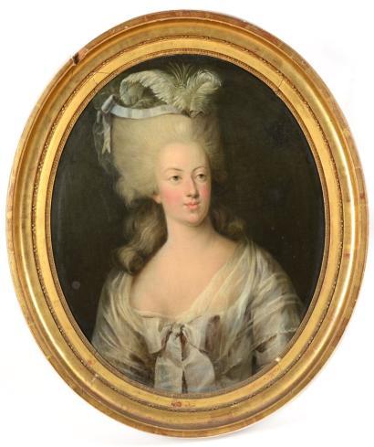 Portrait de la Reine Marie-Antoinette par Joseph Boze - Page 4 4310
