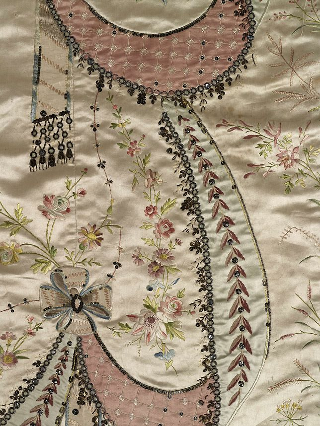 les robes à panier de Marie-Antoinette 97a0e610