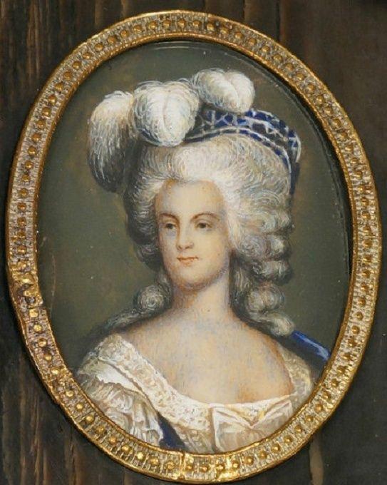 Miniatures représentant la famille royale Sans_t26