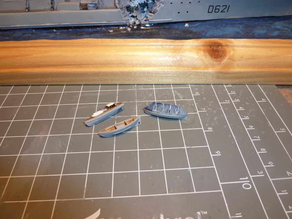 Escorteur d'escadre Surcouf  Heller 1/400 + L'ARSENAL  - Page 5 E_e_su10