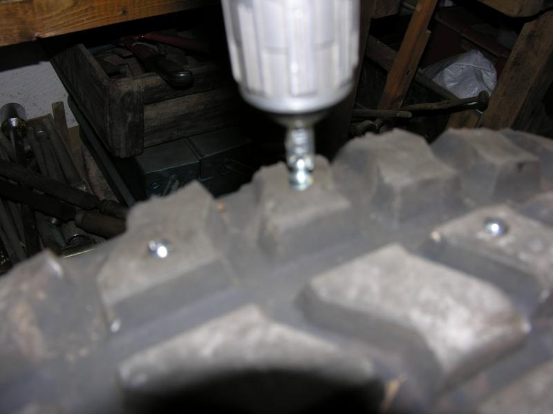 les chaînes à neige pour Hummer  Dscn7012