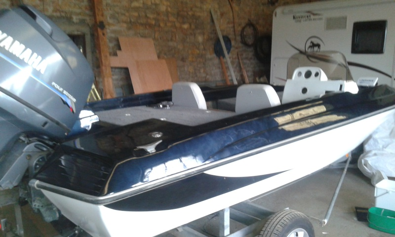 Nouveau bateau Bessous 6710