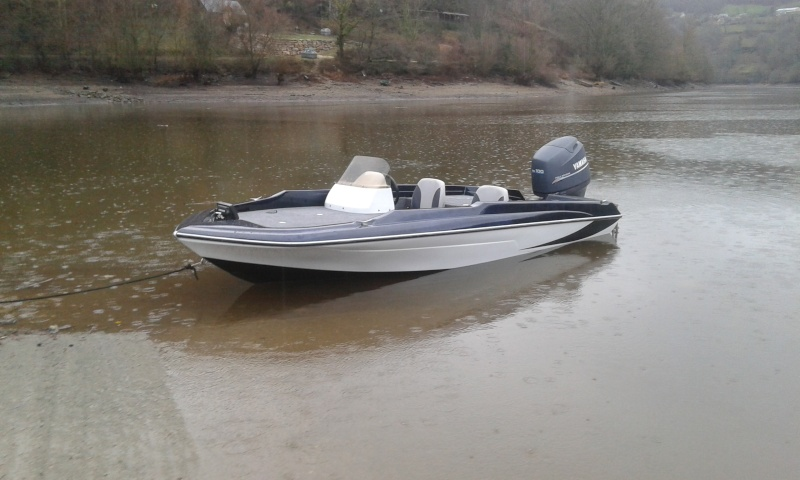 Nouveau bateau Bessous 7310