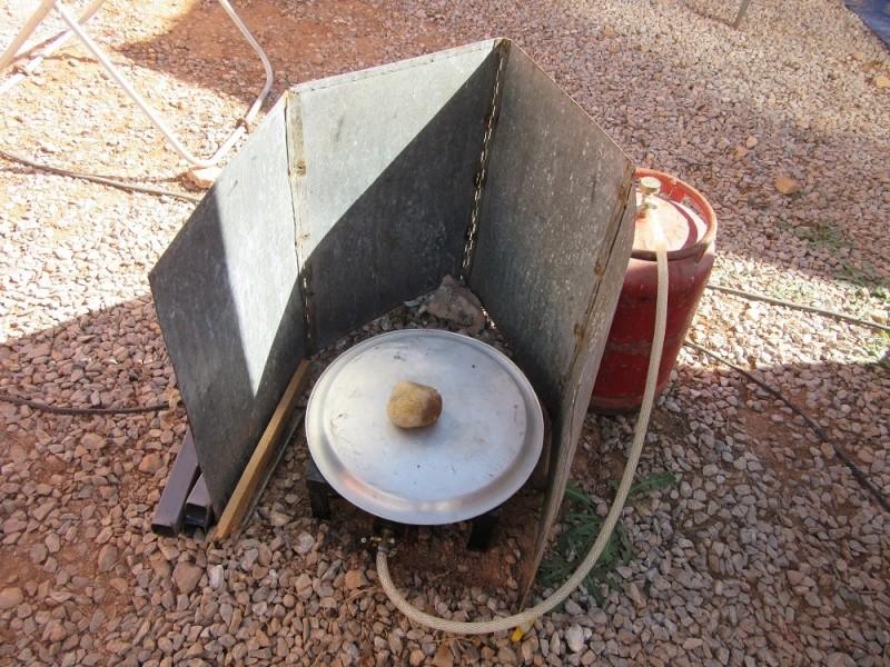 Protection vent pour cuisiner dehors Img_1810