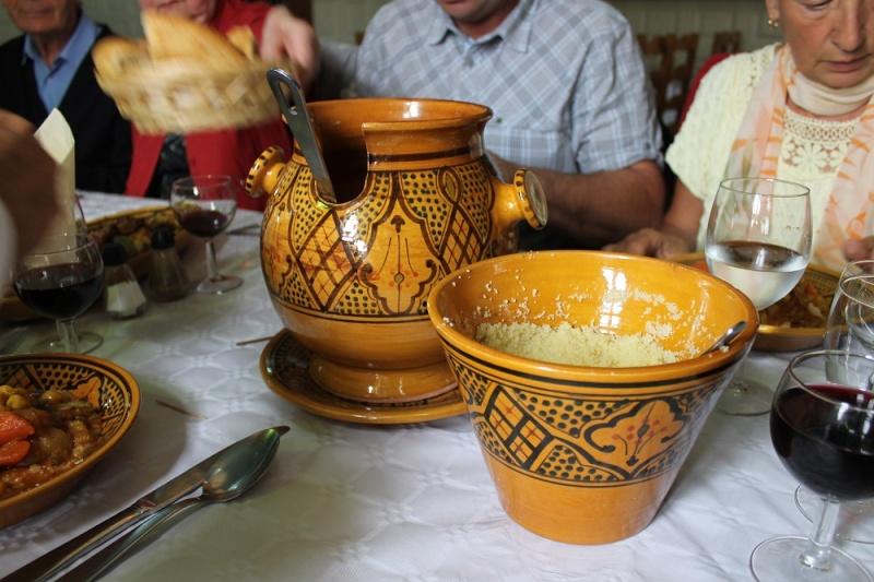 [Maroc/Commerces] Où acheter ce service à couscous au Maroc ? Img_2630