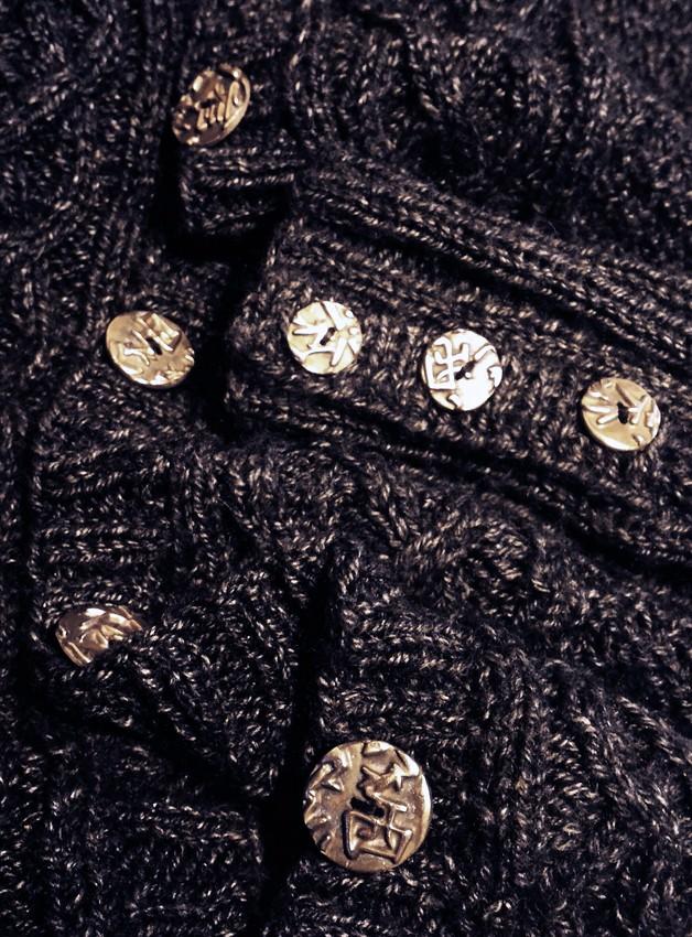 Des boutons en bronze Bouton14