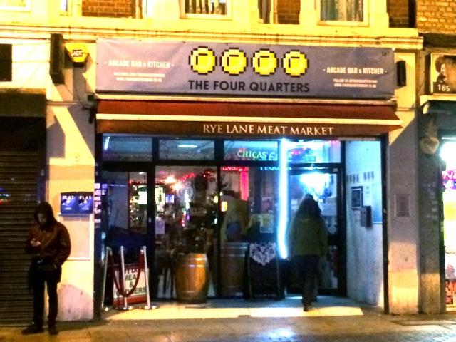 The Four Quarters  (Londres) 0110