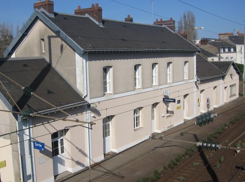 L'ARRIVÉE DU CHEMIN DE FER ET LES GARES Gare-c12
