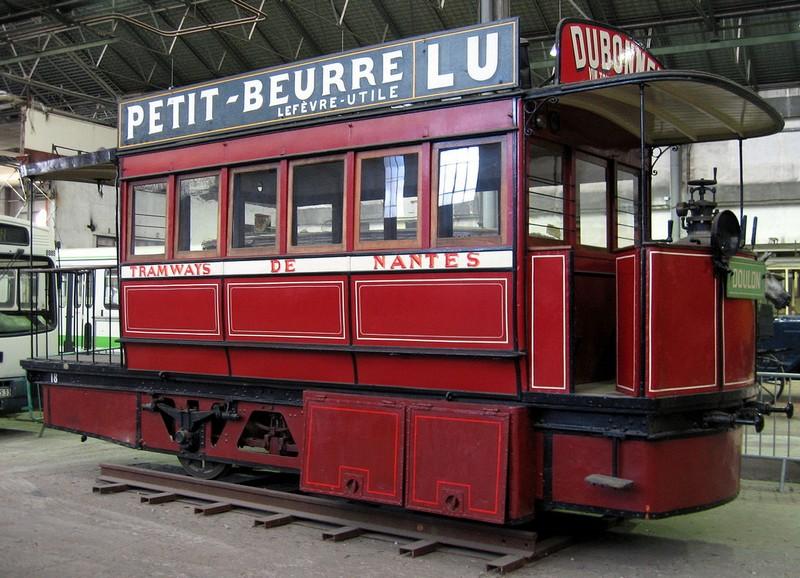 LE PREMIER RÉSEAU TRAMWAY Tram-m10