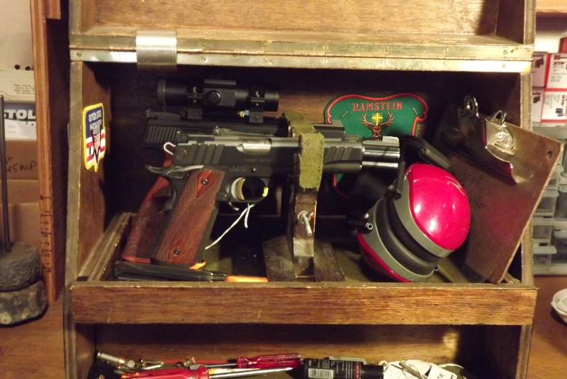 How do you use your Pachmayr type gun cases Dscf0619