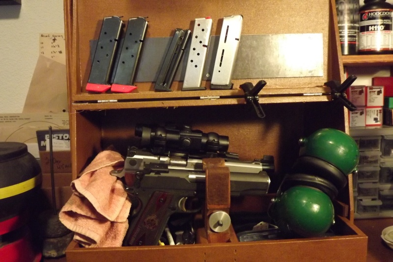 How do you use your Pachmayr type gun cases Dscf0620