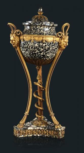 A vendre: meubles et objets divers XVIIIe et Marie Antoinette - Page 4 14471810