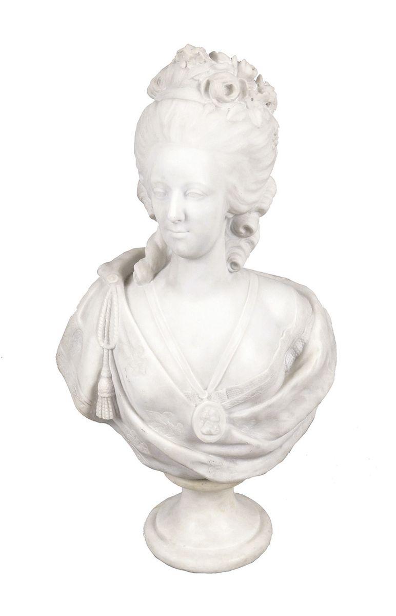 A vendre: bustes Marie Antoinette - Page 4 14486210