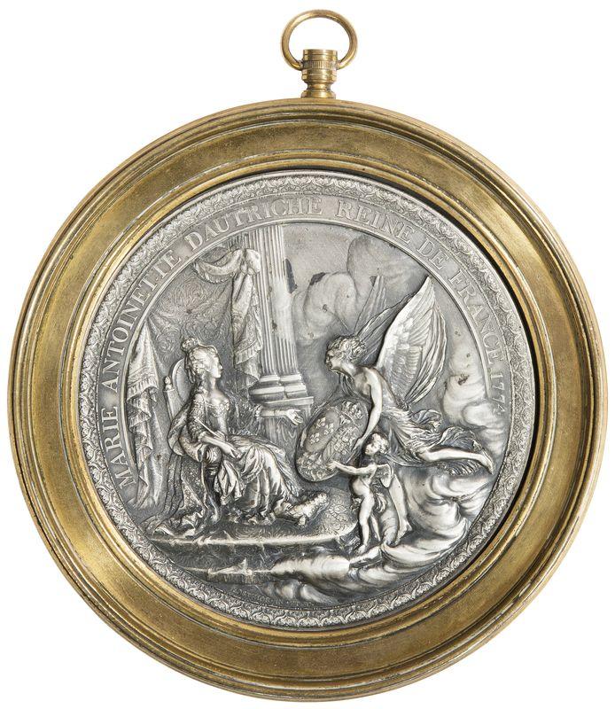 A vendre: meubles et objets divers XVIIIe et Marie Antoinette - Page 5 14492311