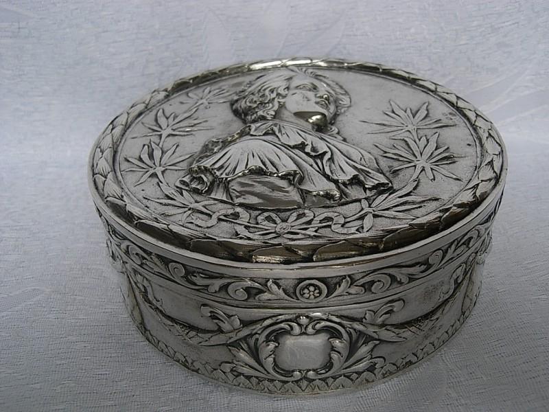 A vendre: meubles et objets divers XVIIIe et Marie Antoinette - Page 5 805_110