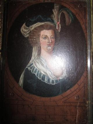 Le plus moche portrait de Marie-Antoinette Plaque10
