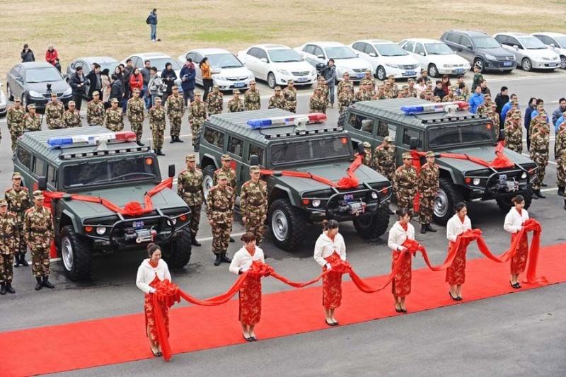 Humvee : La grosse brute est de retour ! 7pbgsc10