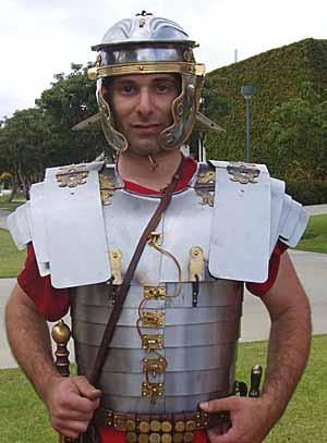 Aquila, légionnaire Romain... FINI... Vinews10