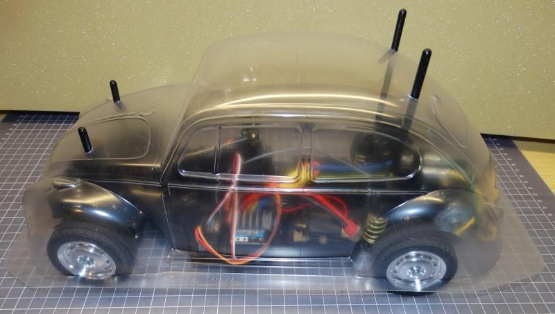 VW Käfer mit M-06 Chassis  von Tamiya Dsc01916