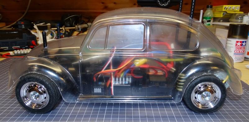 VW Käfer mit M-06 Chassis  von Tamiya Dsc01924
