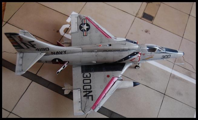 A-4 F de Hasegawa au 1/48e - Page 2 Skyhaw14