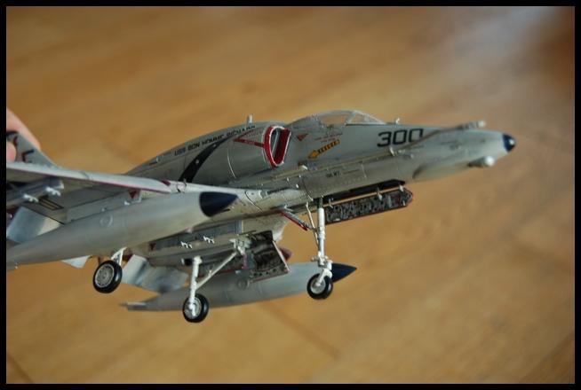 A-4 F de Hasegawa au 1/48e - Page 2 Skyhaw19
