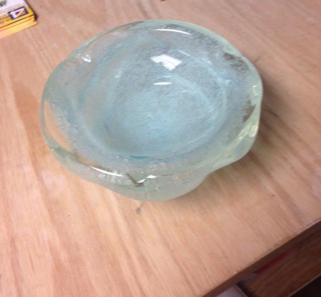 Beautiful art glass ashtray  Fullsi11