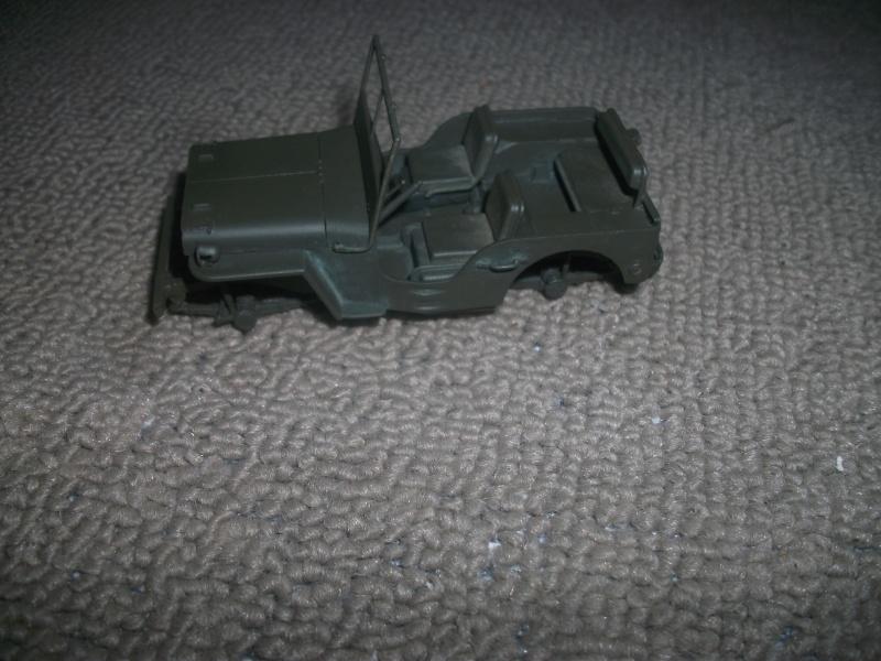 Finir les restes ou Jeep au  1/35 01213
