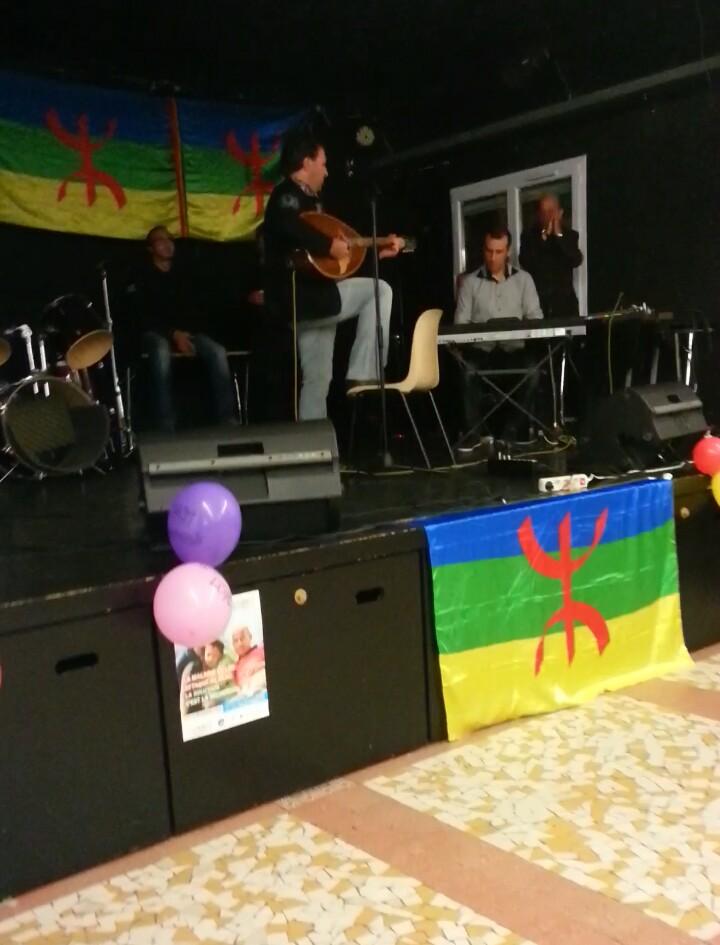 Hamid HAMIDJ : Chanteur Kabyle - Folklore-Chaâbi Ivvv10