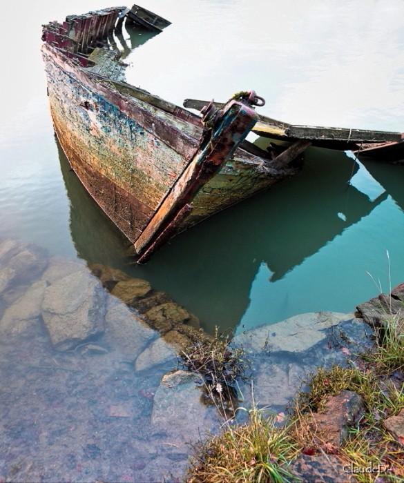 Fin de vie .... Cimetières de bateaux .... - Page 6 Eipave12