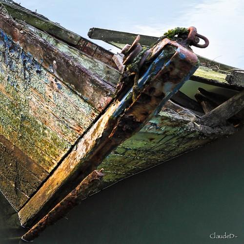 Fin de vie .... Cimetières de bateaux .... - Page 6 Eipave13