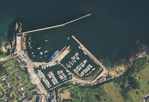 Groix: feux du port Tudy Pttudy10