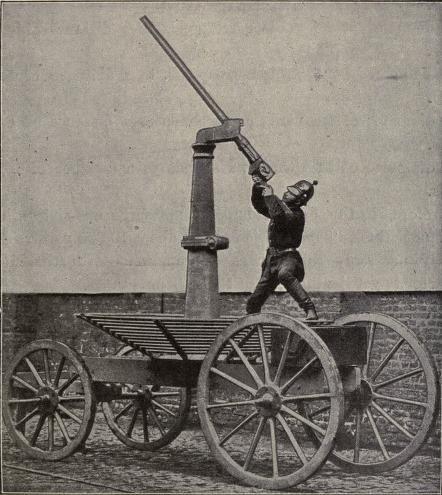 le premier canon anti aerien  Ballon10