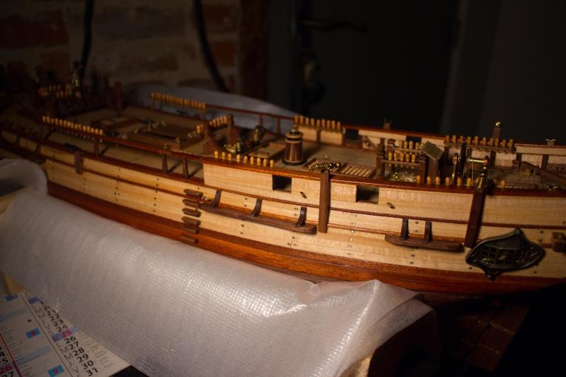 HMS BOUNTY Artesania Latina  - Page 4 Img_4418