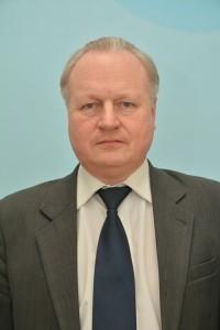 Главный националист Городни 90-х годов сидит под портретом Путина Oaae-z10